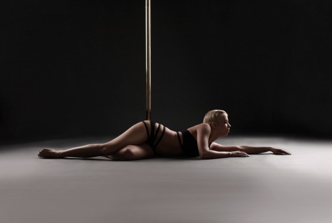 Poledanc Passion - Pole Dance Shooting - LATE NIGHT TALES Christina Bulka Fotograf
