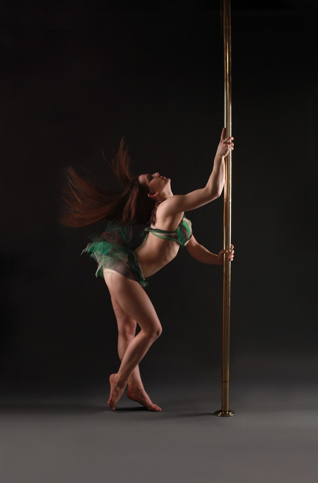 POLEDANCE PASSION Shooting - Julia Wahl (Polemotions) - LATE NIGHT TALES Christina Bulka Fotograf