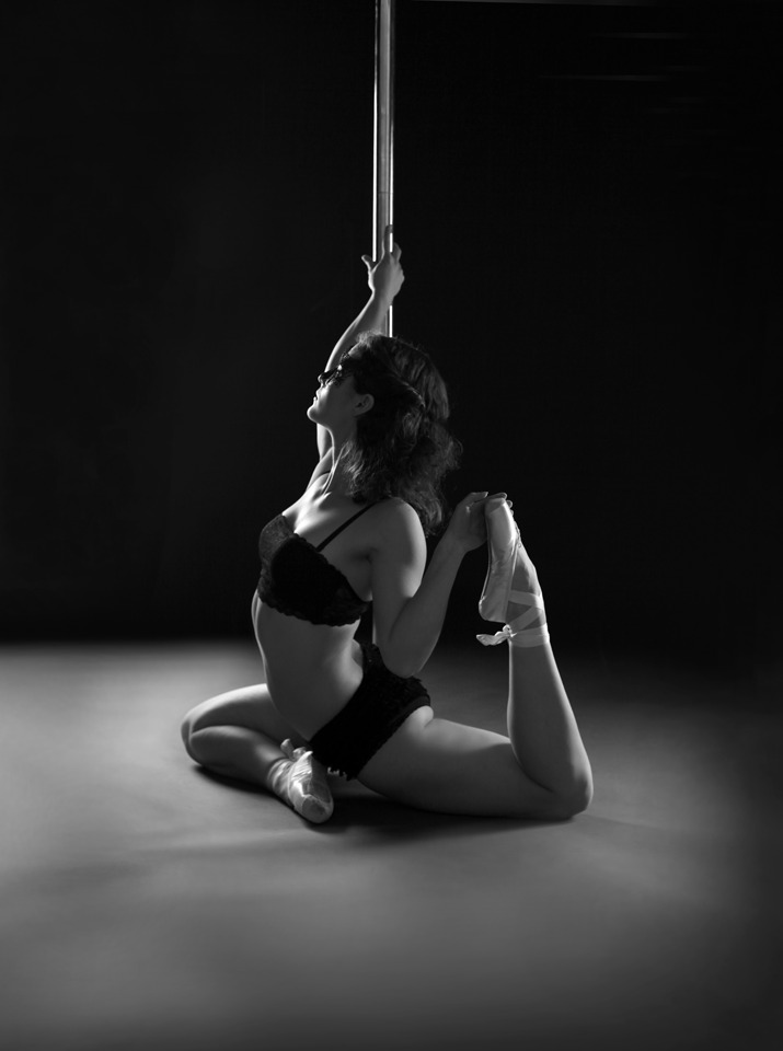 POLEDANCE PASSION Shooting - Sabrina Kölbl (Rock´n´Pole) - LATE NIGHT TALES Christina Bulka Fotograf