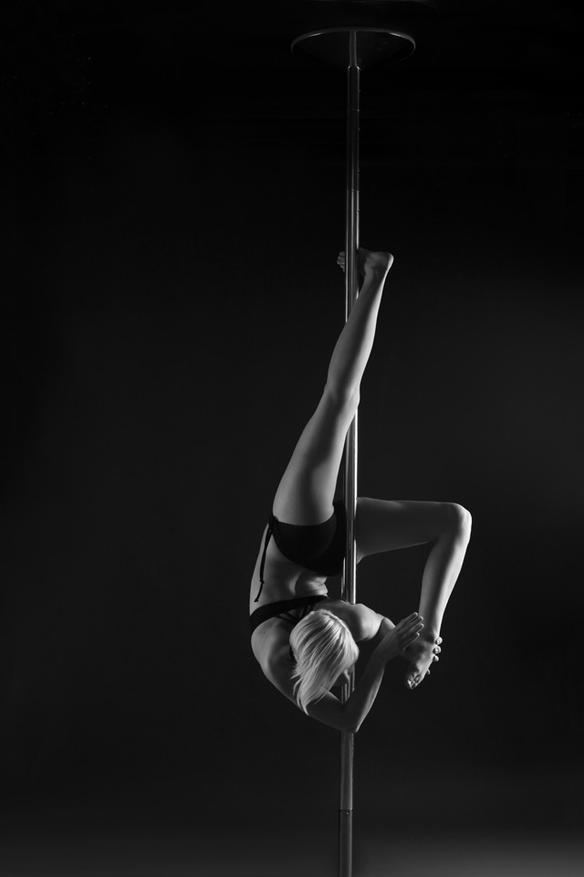 Poledanc Passion - Zero Gravity - Pole Dance Shooting - LATE NIGHT TALES Christina Bulka Fotograf