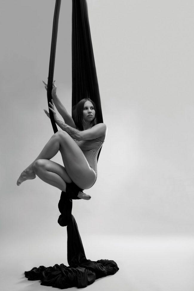 AERIAL SILKS Shooting - Roxi Ziemann (Souldance) LATE NIGHT TALES Christina Bulka Fotograf