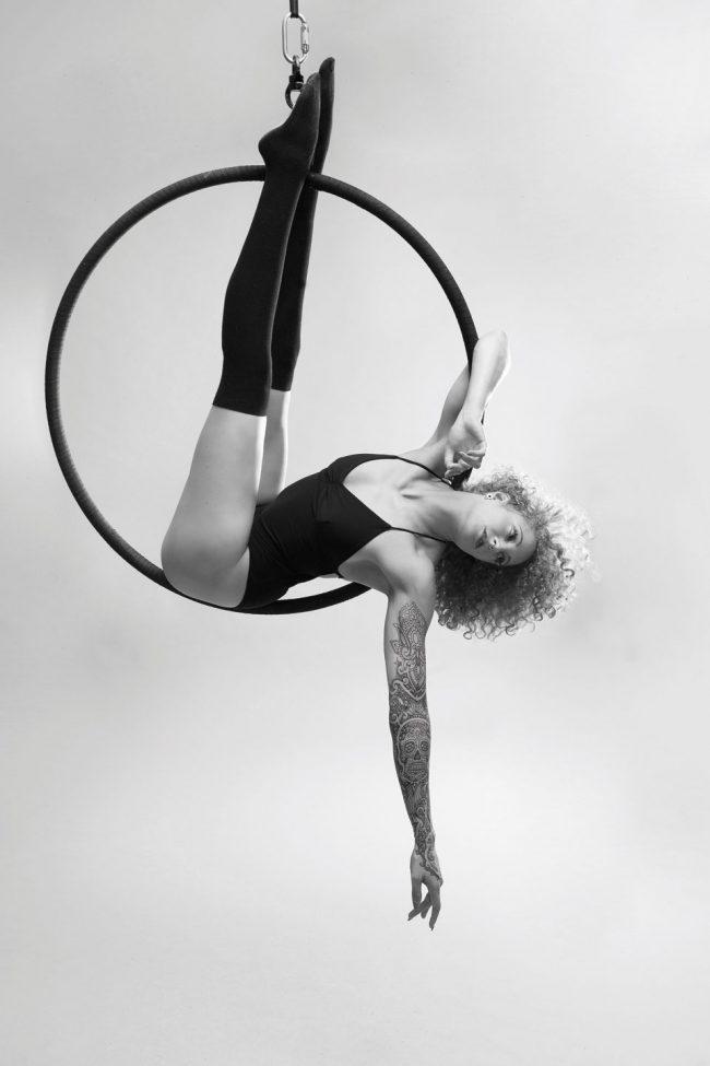 AERIAL HOOP Shooting - Mareen Leykauf (Souldance) LATE NIGHT TALES Christina Bulka Fotograf