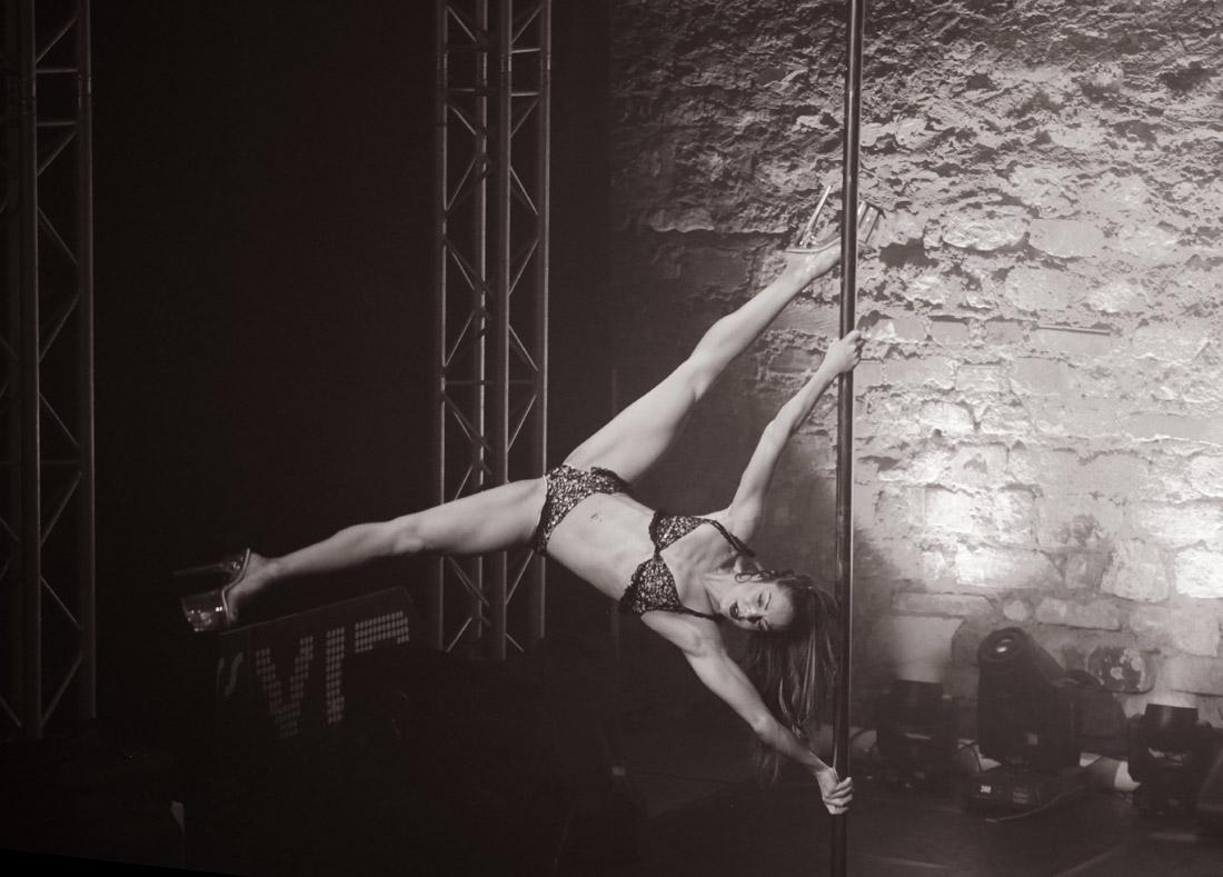 POLE THEATRE Paris 2017 - Christiana Koulouma - Fotoshooting - LATE NIGHT TALES Photography Christina Bulka Fotograf / Fotografie