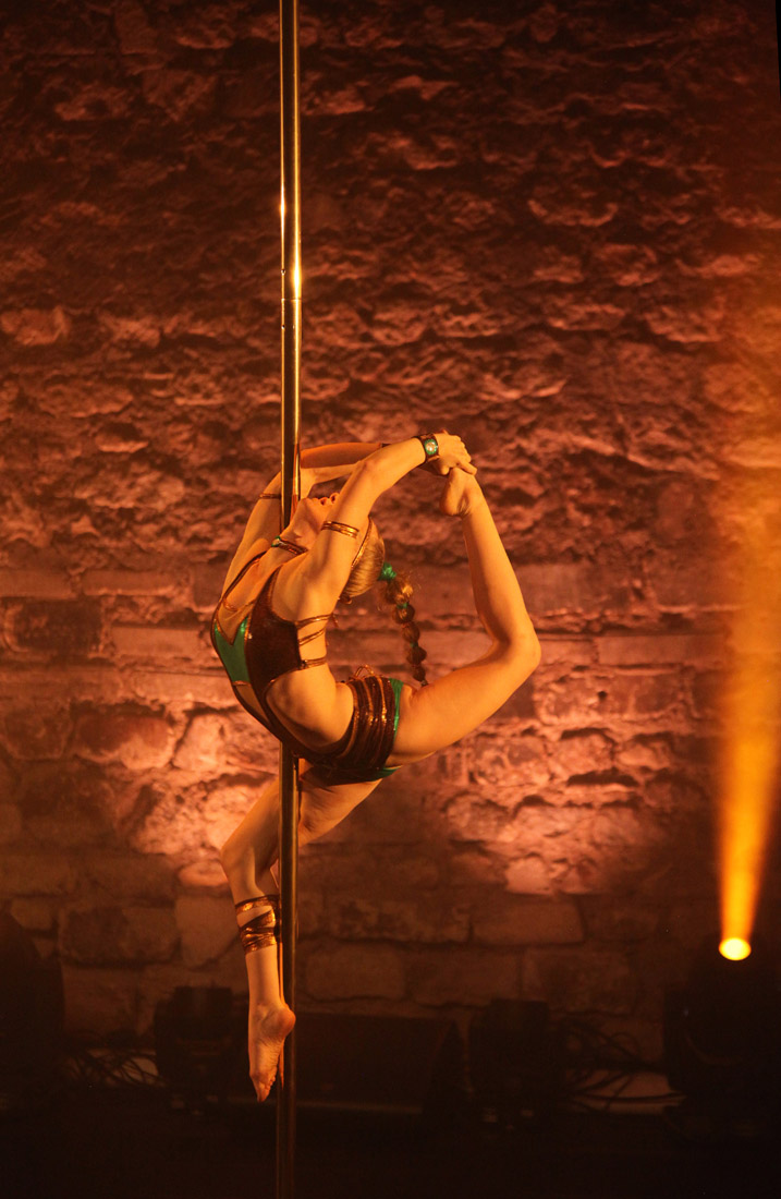 POLE THEATRE Paris 2017 - Anna Green Mango - Fotoshooting - LATE NIGHT TALES Photography Christina Bulka Fotograf / Fotografie