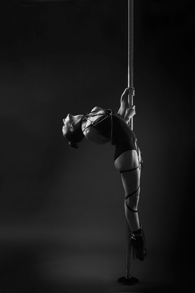 POLEDANCE Shooting Studio - Marion Crampe - LATE NIGHT TALES Christina Bulka Fotograf / Fotografie