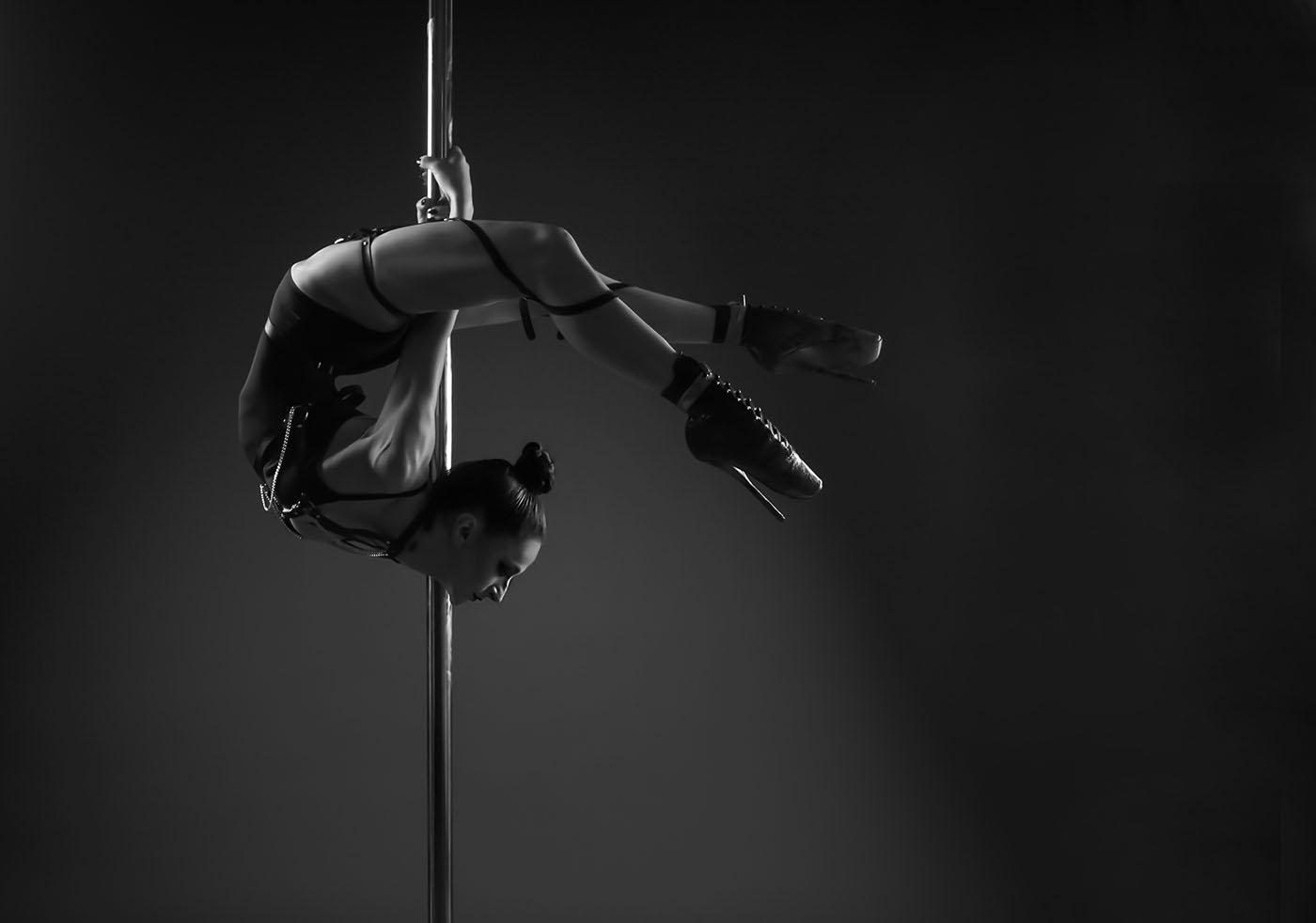 POLEDANCE Shooting Studio - Marion Crampe - LATE NIGHT TALES Christina Bulka Fotograf / Fotografie